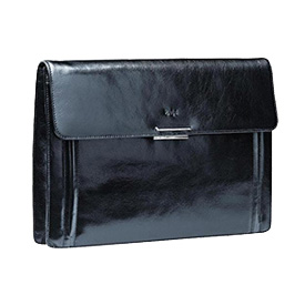 luxury_underarm_leather_folder_with_magnetic_flap_closure